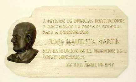 Foto placa embalse de José Bautista
