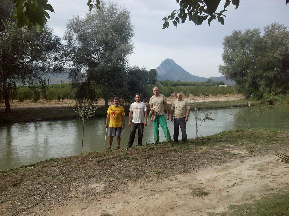 Ver la imagen en tamaño real. La colaboración de los propietarios colindantes al río, básica para garantizar el éxito de las restauraciones