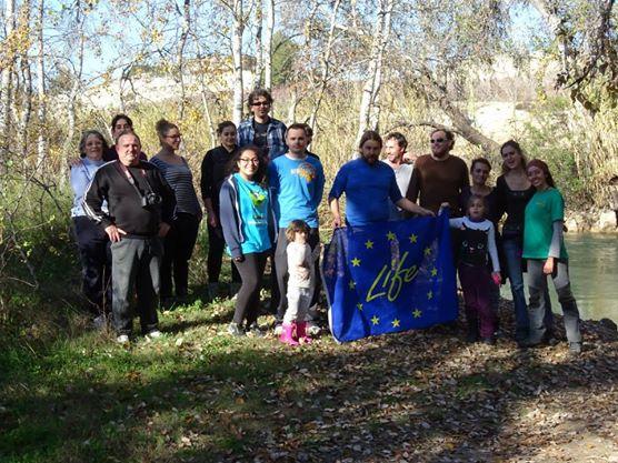 Ver la imagen en tamaño real. Mantenimiento del bosque de ribera en Los Álamos con RioRie y EarthPlan